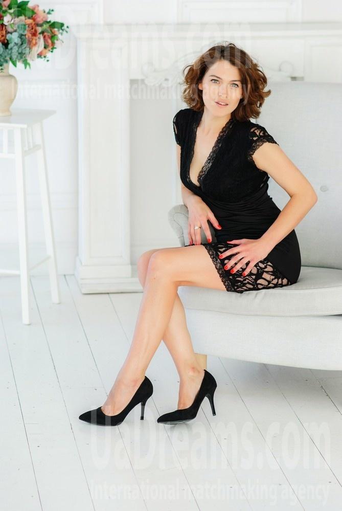 Anna from Kharkov 27 years - morning freshness. My small public photo.