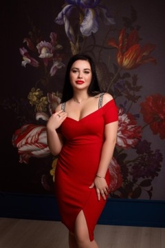 Olga from Zaporozhye 21 years - eyes lakes. My mid primary photo.