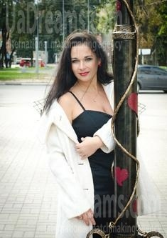 Marina from Sumy 36 years - lovely girl. My small public photo.