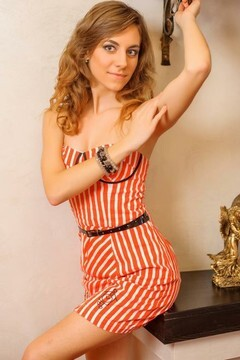 Olya from Ivanofrankovsk 21 years - nice fiancee. My small primary photo.