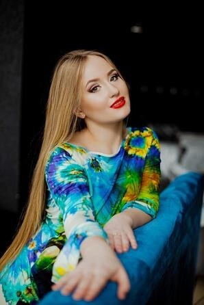 Anastasia from Poltava 22 years - intelligent lady. My small primary photo.