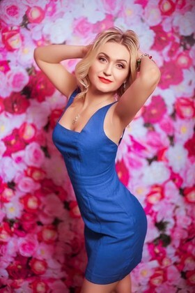 Elena from Dnepropetrovsk 35 years - waiting for you. My small primary photo.
