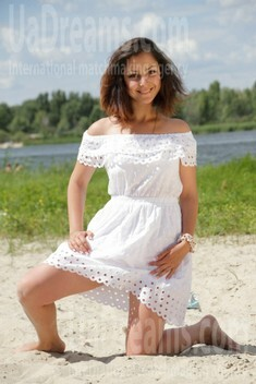 Julia from Kremenchug 25 years - girl for marriage. My small public photo.