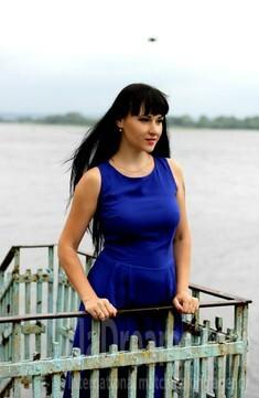 Alyona from Kremenchug 30 years - single lady. My small public photo.