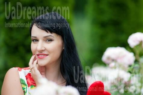 Alyona from Kremenchug 30 years - sunny day. My small public photo.