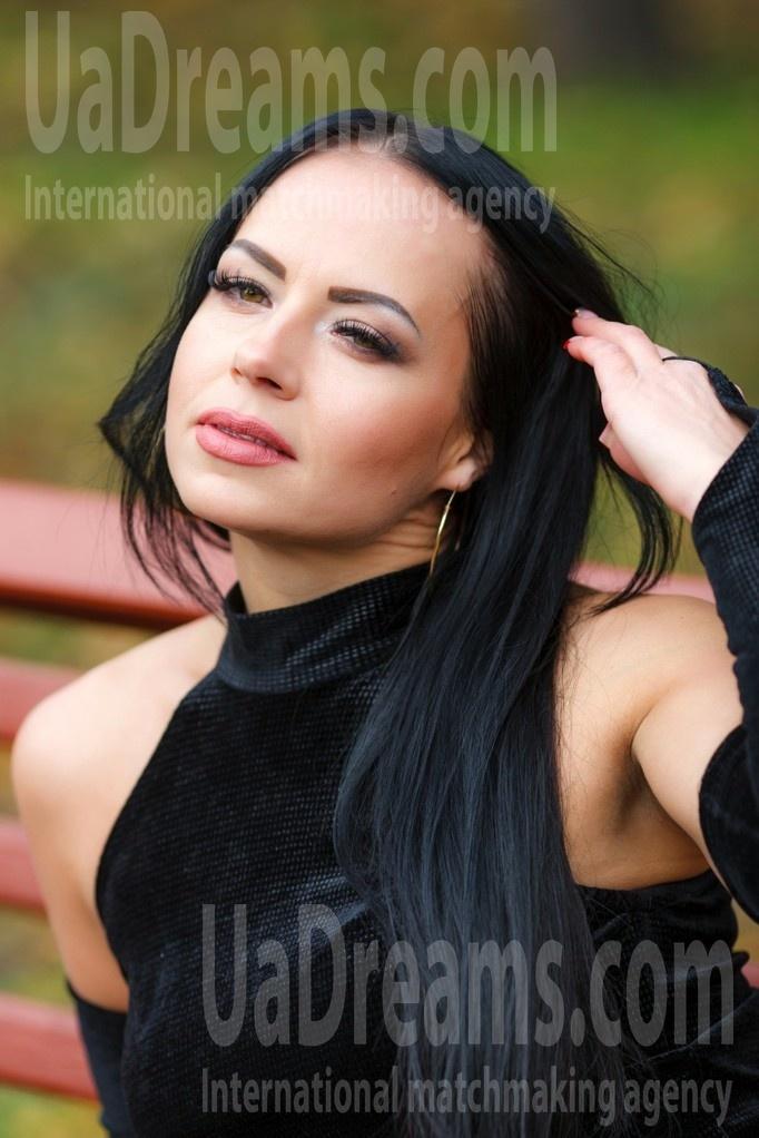 Ksenia from Kremenchug 37 years - nice fiancee. My small public photo.