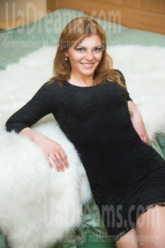 Ruslana from Lutsk 28 years - Warm-hearted girl. My small public photo.