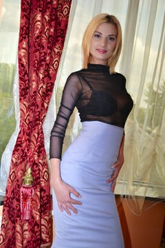 Zhanna from Lutsk 29 years - introduce myself. My small primary photo.