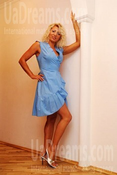 Olya from Lutsk 34 years - look for a man. My small public photo.