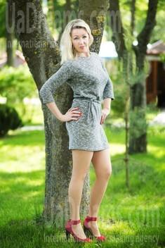 Lyuda from Lutsk 37 years - beautiful and wild. My small public photo.