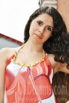 Katya from Lutsk 26 years - attentive lady. My small public photo.