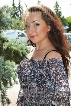 Yulia from Lutsk 22 years - future bride. My small public photo.
