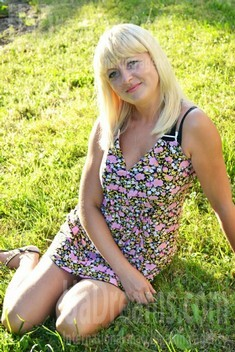 Irina from Lutsk 32 years - waiting for husband. My small public photo.