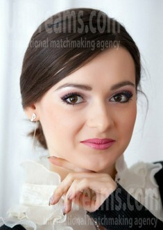 Lena from Lutsk 20 years - romantic girl. My small public photo.