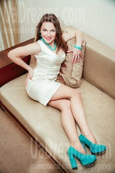 Yulya from Lutsk 23 years - waiting for husband. My small public photo.