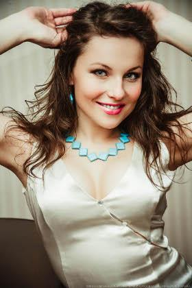 Yulya from Lutsk 22 years - bride for you. My big primary photo.