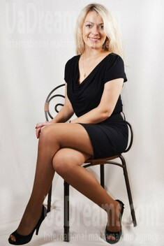 Tanya from Lutsk 30 years - look for a man. My small public photo.
