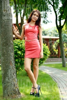 Tanya from Lutsk 24 years - search for love. My small public photo.