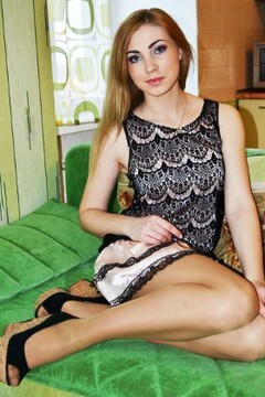Ulyana from Lutsk 19 years - hot lady. My small primary photo.