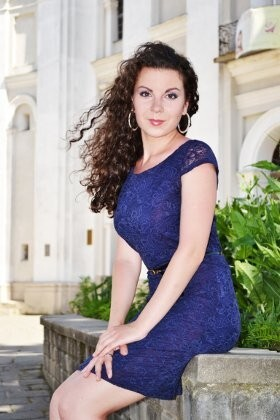 Lena from Lutsk 26 years - looking for relationship. My small primary photo.