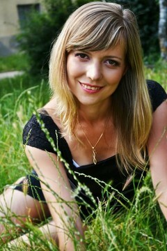 Olichka from Lutsk 34 years - Music-lover girl. My small primary photo.
