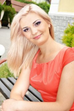Tatiana from Lutsk 26 years - amazing appearance. My small primary photo.
