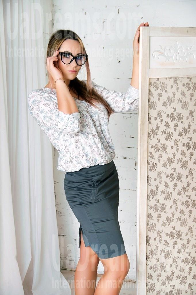 Helen from Zaporozhye 34 years - single lady. My small public photo.