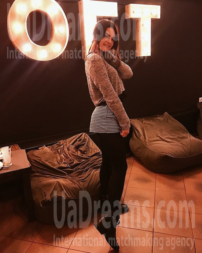 Marie from Sumy 23 years - photo gallery. My small public photo.