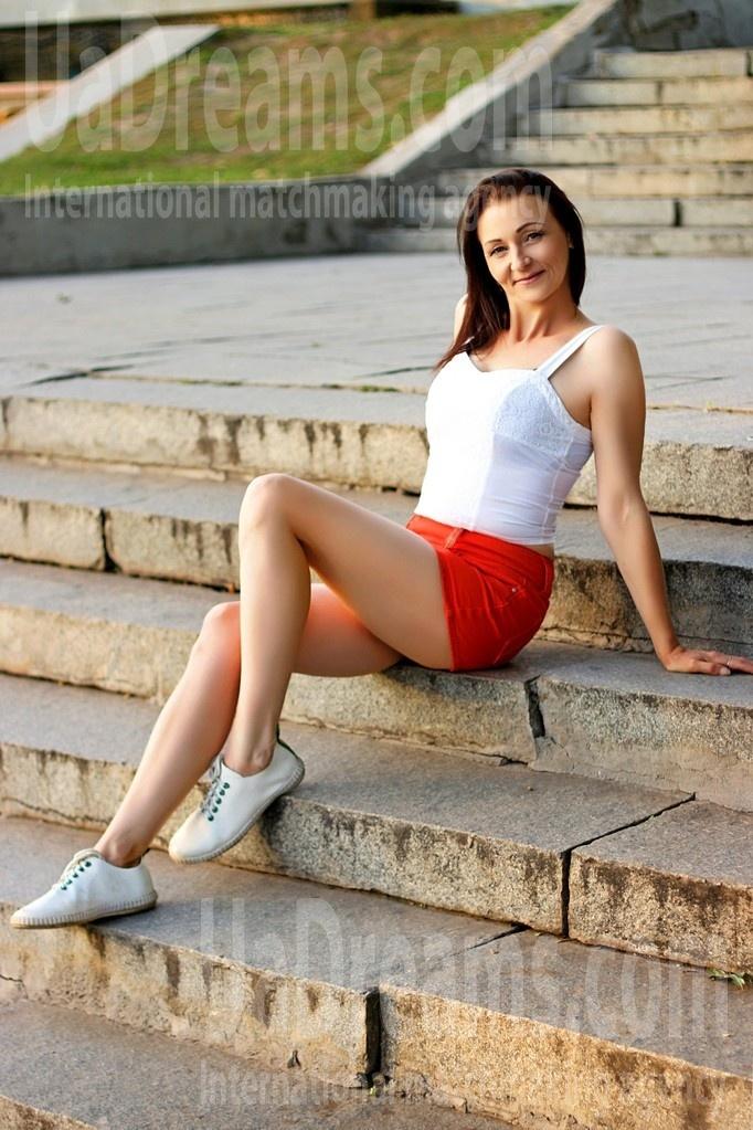 Svetik from Zaporozhye 41 years - beautiful and wild. My small public photo.
