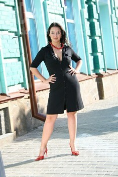 Oksana from Sumy 26 years - searching life partner. My small public photo.