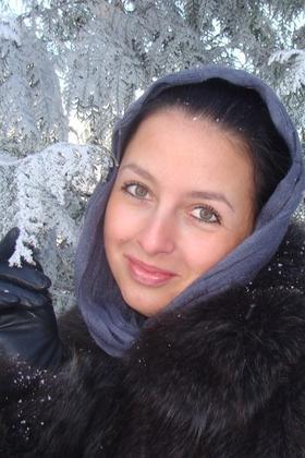 Oksana from Sumy 25 years - seeking soulmate. My big primary photo.
