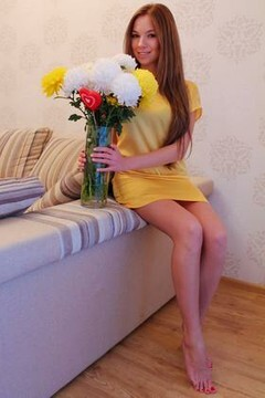Alyona from Nikolaev 22 years - nice smile. My mid primary photo.