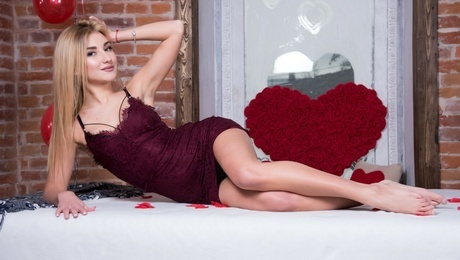 Katya from Ivanofrankovsk 19 years - bride for you. My mid primary photo.