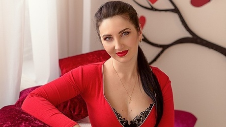 Yulia from Dnipro 37 years - good mood. My mid primary photo.