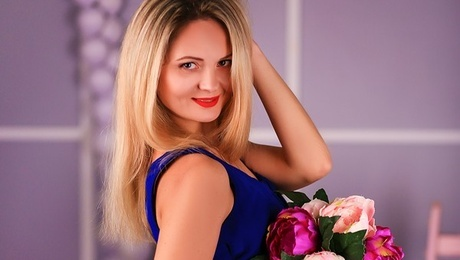 Marina from Zaporozhye 38 years - amazing girl. My mid primary photo.