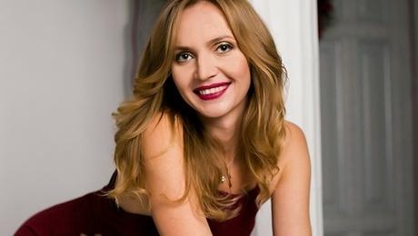 Svetlana from Sumy 32 years - creative image. My mid primary photo.