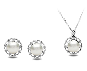 Pearl Set. Shop in Ukrainian Marriage Agency.