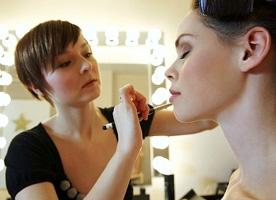 Ukrainian woman preparing for photo session