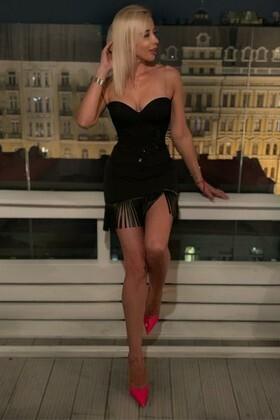 Zoryana from Kiev 39 years - amazing appearance. My small primary photo.