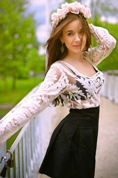Sofia from Ivanofrankovsk 24 years - romantic girl. My mid primary photo.