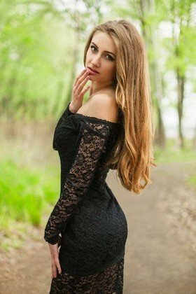 Angelina from Dnepropetrovsk 21 years - amazing girl. My small primary photo.