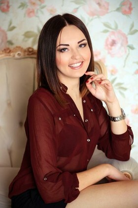 Anastacia from Zaporozhye 23 years - Warm-hearted girl. My small primary photo.