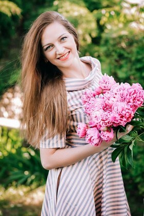 Zhanna from Lutsk 32 years - future wife. My small primary photo.