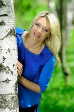 Oliushka from Cherkasy 47 years - clever beauty. My mid primary photo.