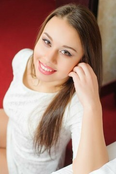 Julia from Ivanofrankovsk 21 years - eyes lakes. My mid primary photo.