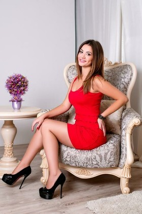 Alina from Cherkasy 24 years - nice smile. My small primary photo.