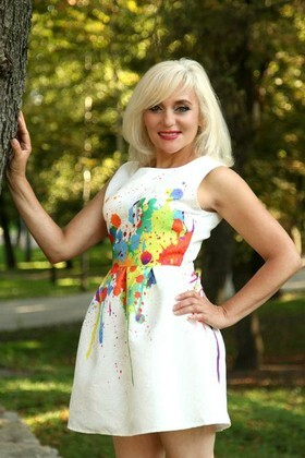 Galina from Sumy 48 years - ukrainian girl. My small primary photo.