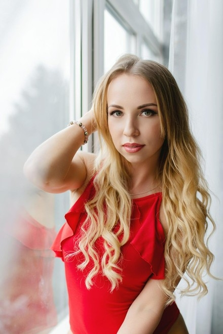 Polina from Lutsk 29 years - waiting for you. My small primary photo.