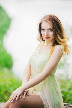 Anna-Maria from Lutsk 22 years - charm and softness. My mid primary photo.