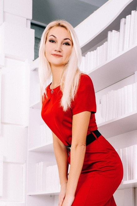 Toma from Cherkasy 42 years - attentive lady. My small primary photo.